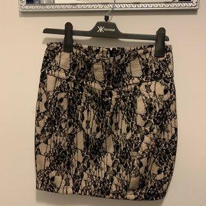 Kardashian Kollection Lace print dress size L